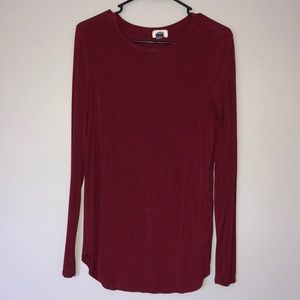 Tops - Medium long sleeve maroon shirt